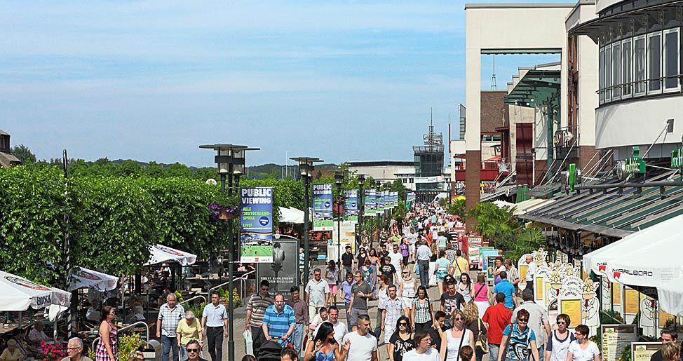 85759bac03ff84 Shoppingcenter  Centro Oberhausen